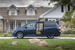 Toyota Sienna Sliding Door Class Action Settlement Proposed