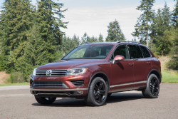 VW Touareg Drain Valve Lawsuit Says Water Enters Air Filters
