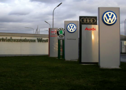 German Authorities Find More VW Emissions Defeat Devices